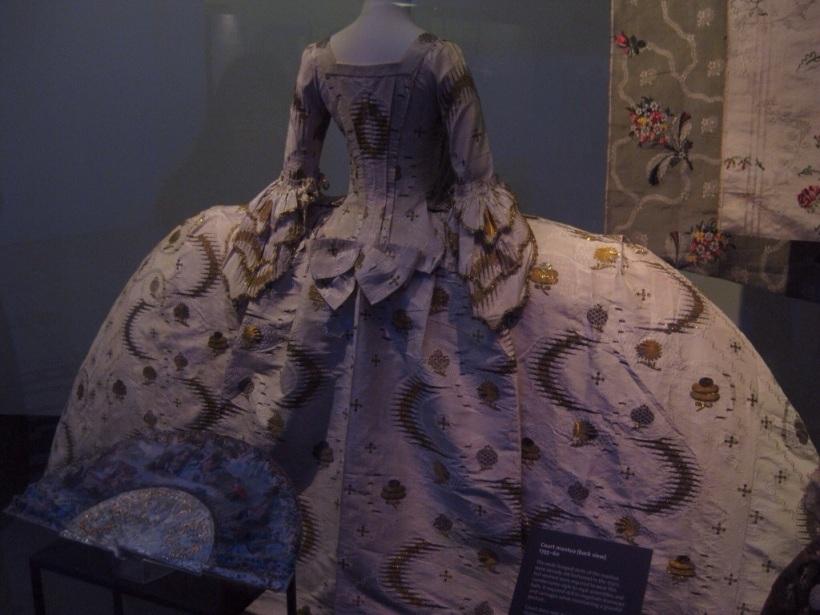 Victoria und Albert Museum - Mode