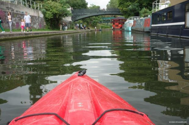 Kayak mit Tempel